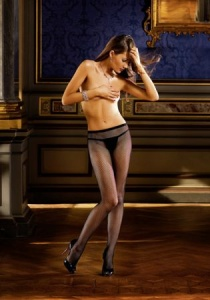 DIAMOND FISHNET TIGHTS WITH BACK SEAM